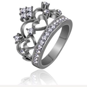 NWT Size 12 Silver Princess Crown Heart Ring